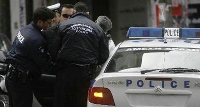 Πρέβεζα: Συνελήφθησαν, επ' αυτοφώρω, τρία άτομα, δύο εκ των οποίων ανήλικοι για κλοπή από επιχείρηση στην Πρέβεζα