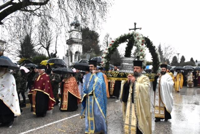 2a32847d8964 Την ερχόμενη Τρίτη 16 Ιανουαρίου αρχίζουν οι εκδηλώσεις για τον πολιούχο  Ιωαννίνων Νεομάρτυρα Άγιο Γεώργιο.Στις 4 το απόγευμα θα τελεστεί δέηση στον  Οίκο ...