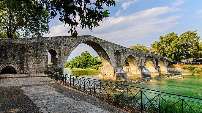 Άρτα: Πλούσιες οι φετινές εκδηλώσεις της «Βυζαντινής Άρτας», με φόντο τα μνημεία της Άρτας