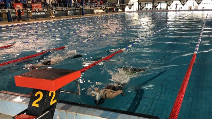 Γιάννενα: Ώρες λειτουργίας και κόστος για το Κολυμβητήριο Λιμνοπούλας
