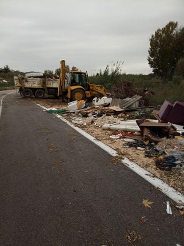 Άρτα: Καθαρισμός ογκωδών αντικειμένων και έκκληση του Δήμου  Ν. Σκουφά